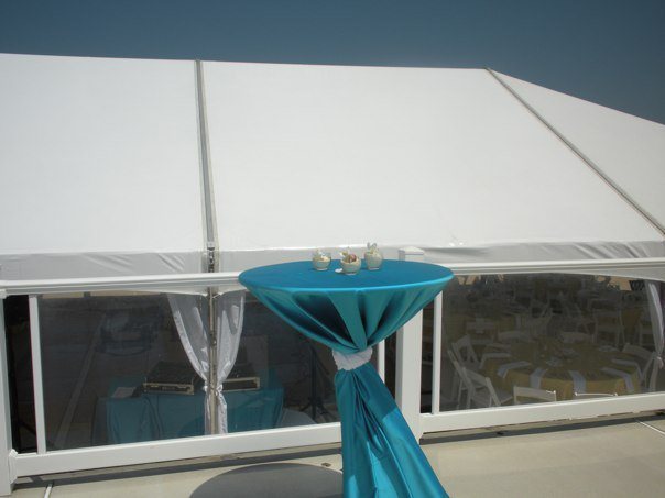 Decoration table with a light blue table cloth