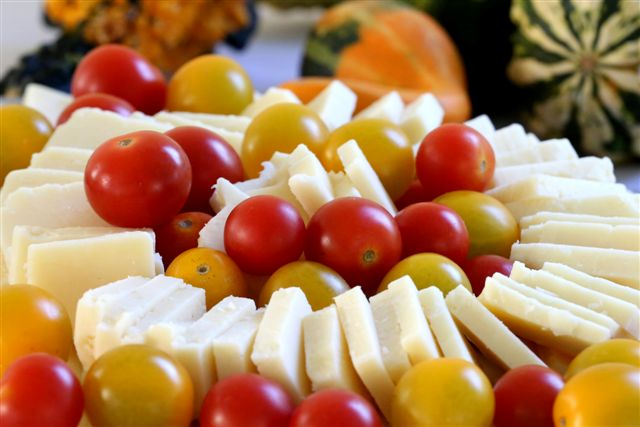 cheese with tomatoes