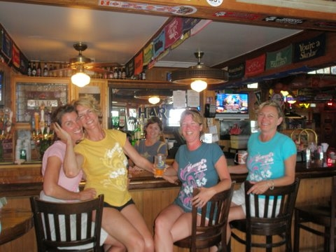 Howard's Pub O.I.S.F.T. Team Pubettes Enjoy A Break At the Bar