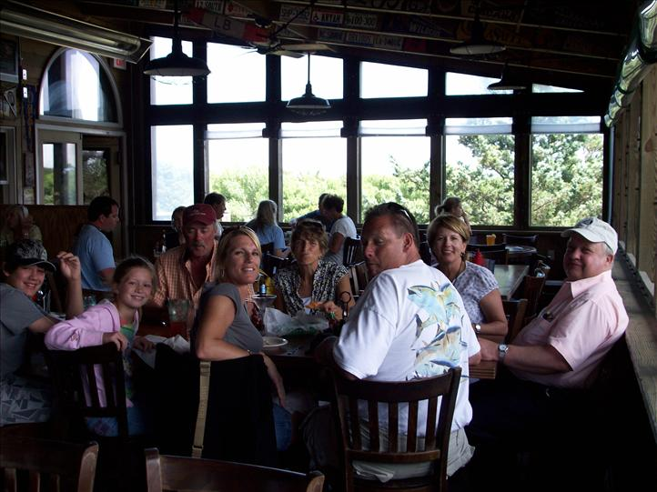 Pub Visitors Dining on the Screened Porch May 2009