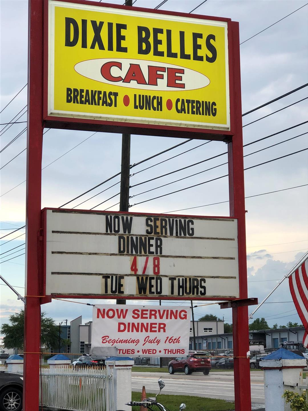 Dixie Belles Cafe Breakfast Lunch Catering Sign