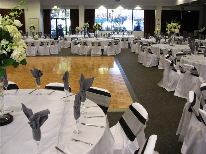 grey and black table settings