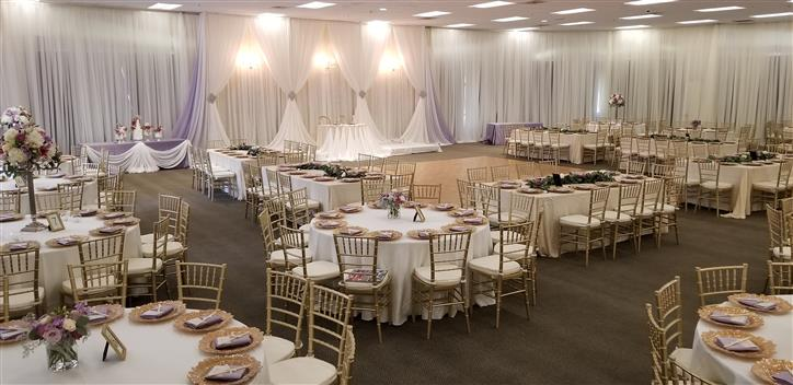 wedding setting with white table clothes