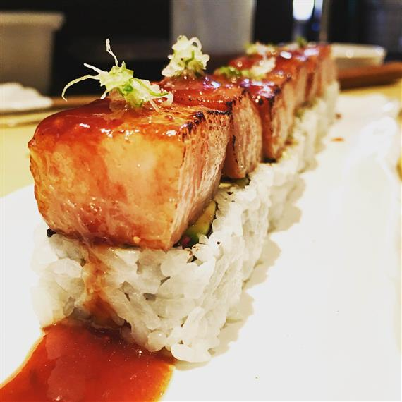 Seared albacore with fried shallots and ponzu sushi rolls