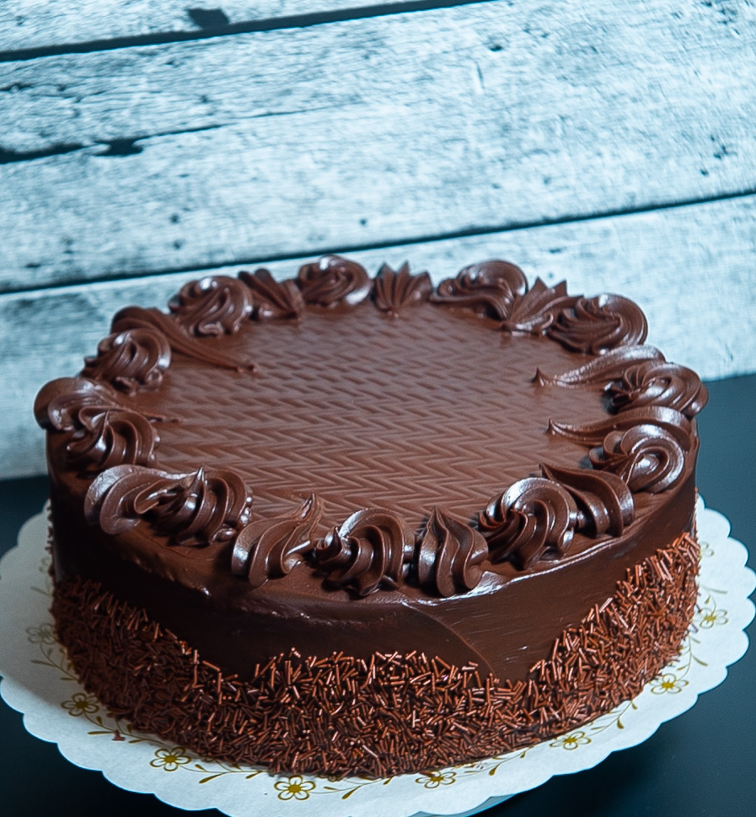 Chocolate cake with Ganache.