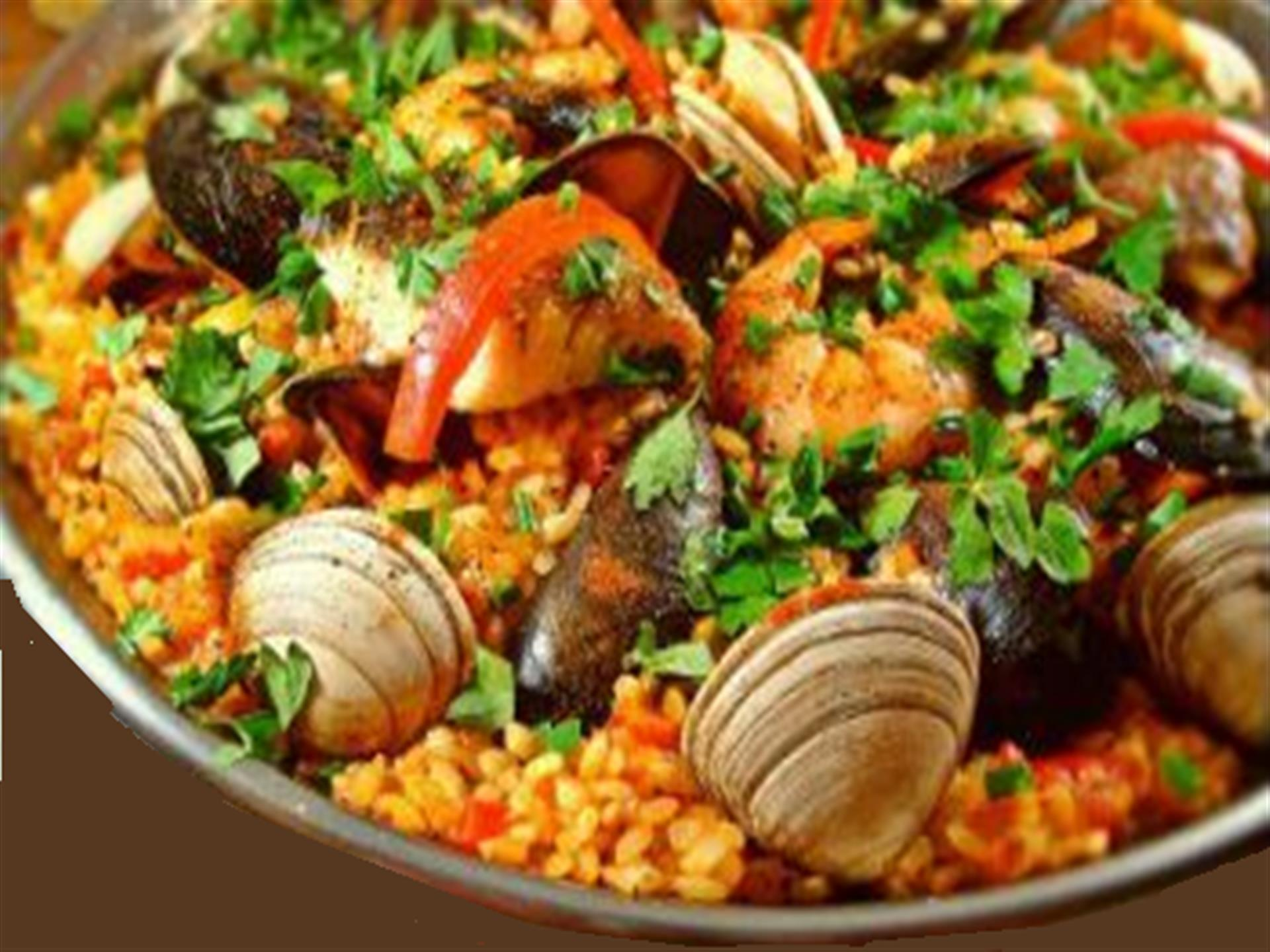 Rice with clams, muscles, shrimp