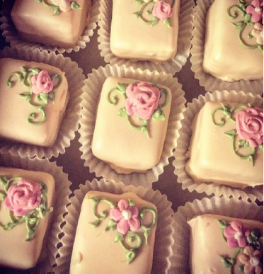 petite fours with flower design