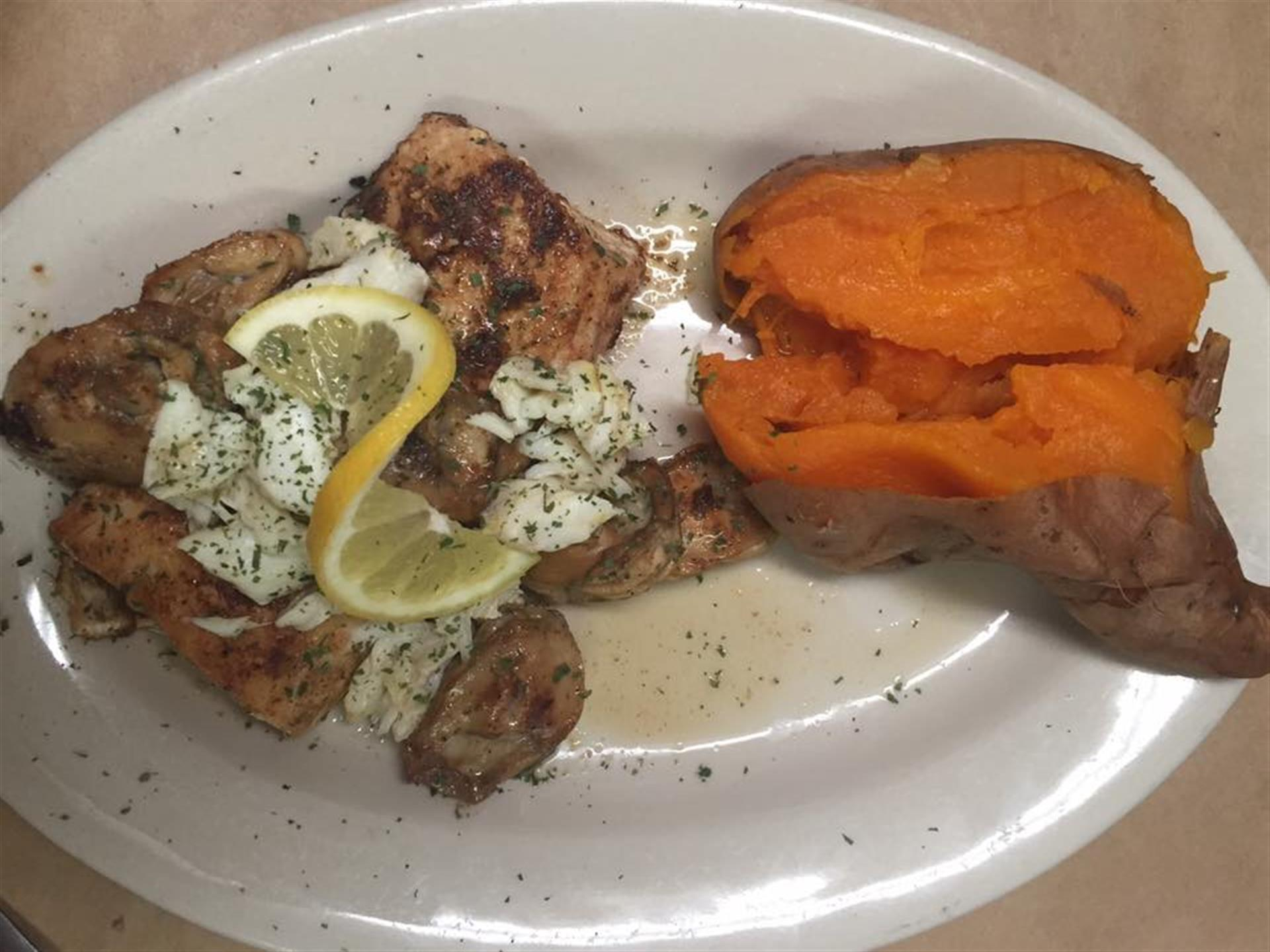 Grilled mahi, lump crabmeat, sweet potato
