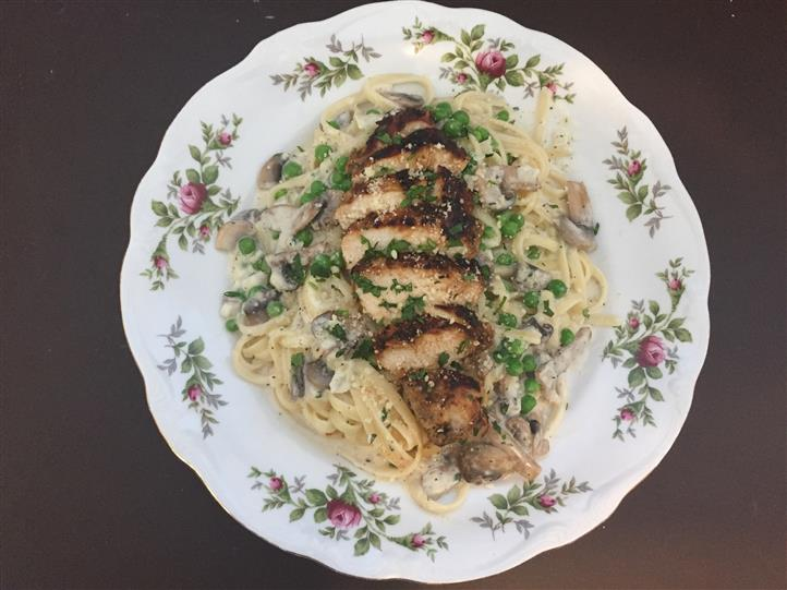 Chicken and pasta entree