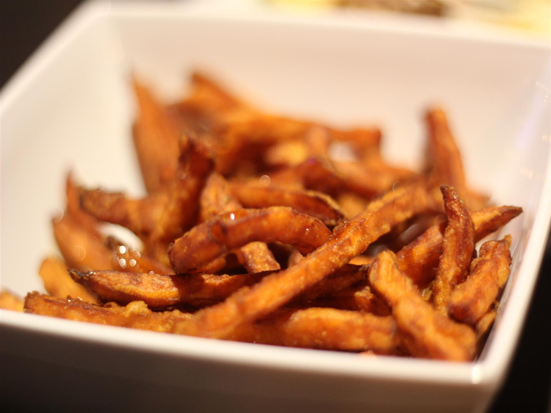 Crispy fries in bowl