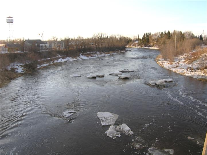River with chunks of ice