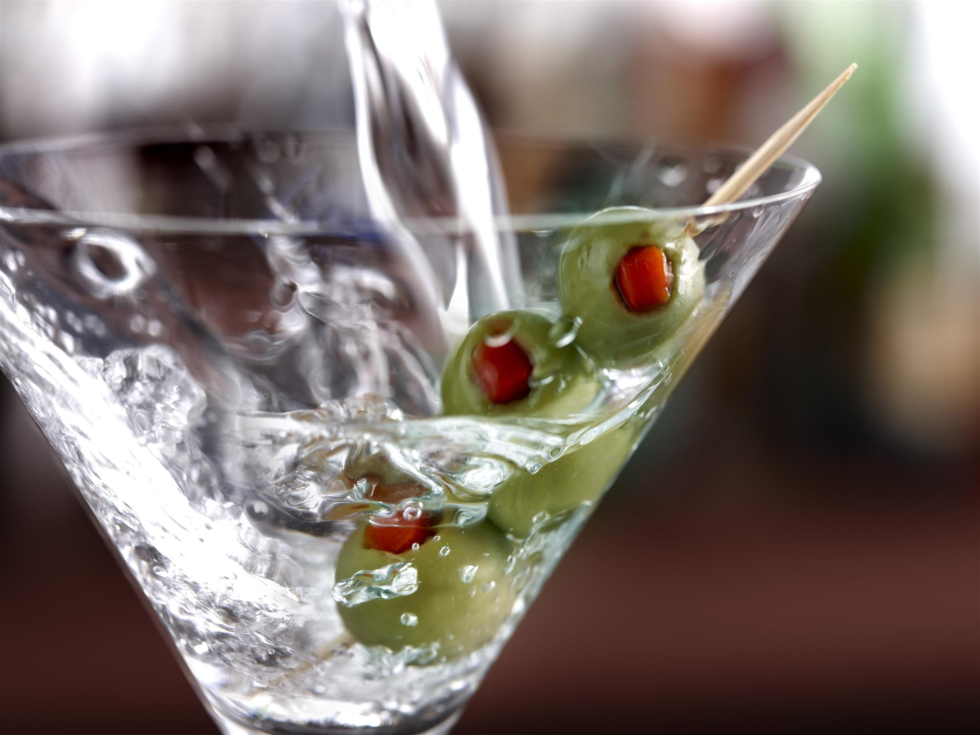 martini with three olives
