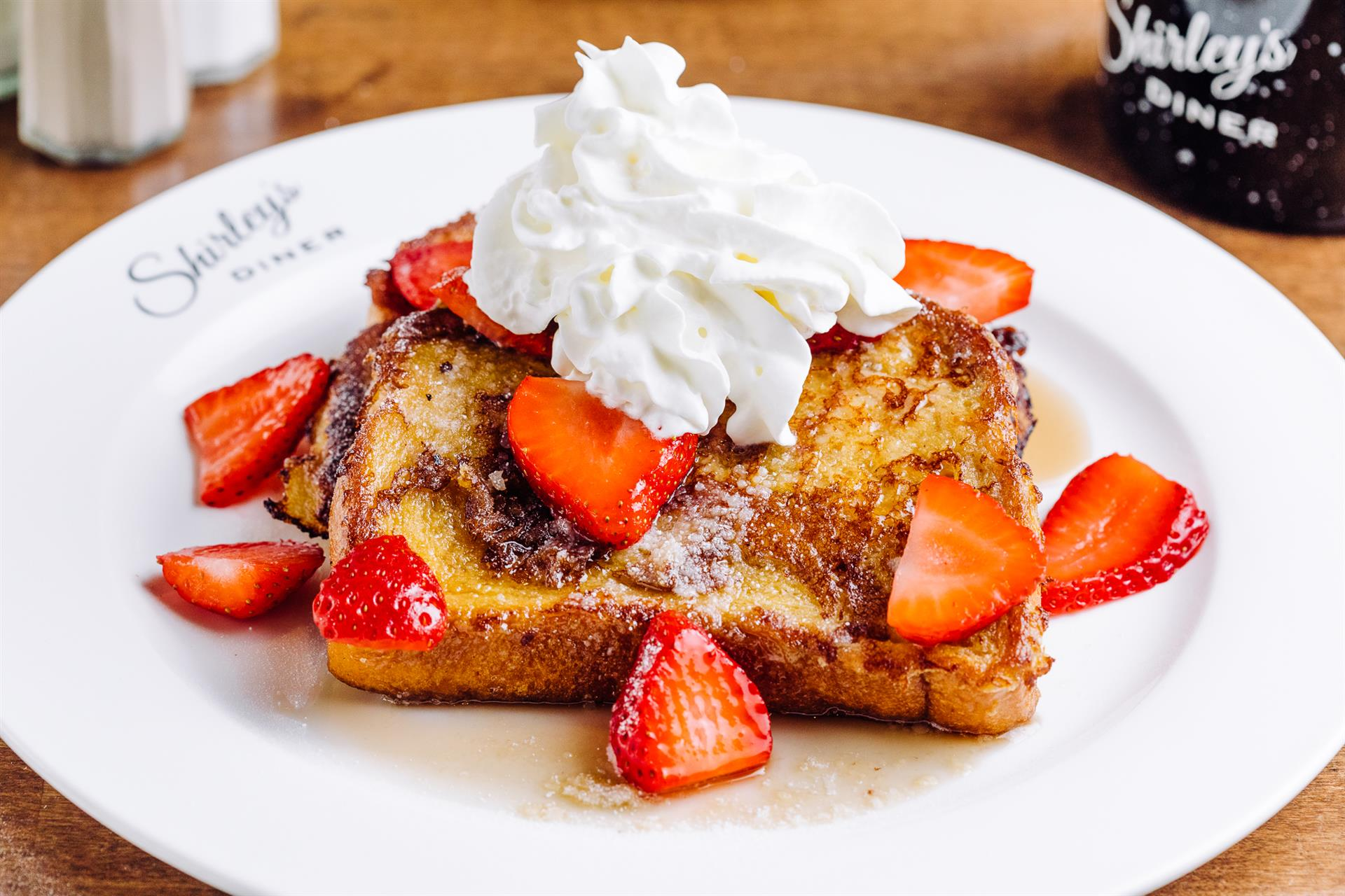 French Toast w/Strawberries & Cream
