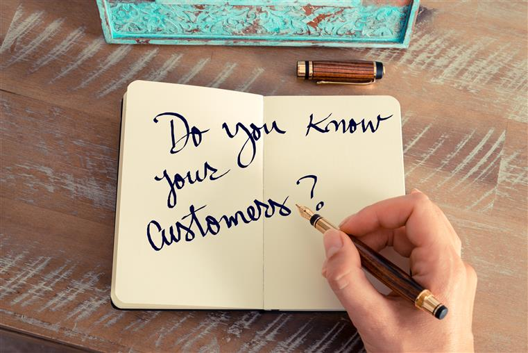 'Do you know your customers?' written in notebook