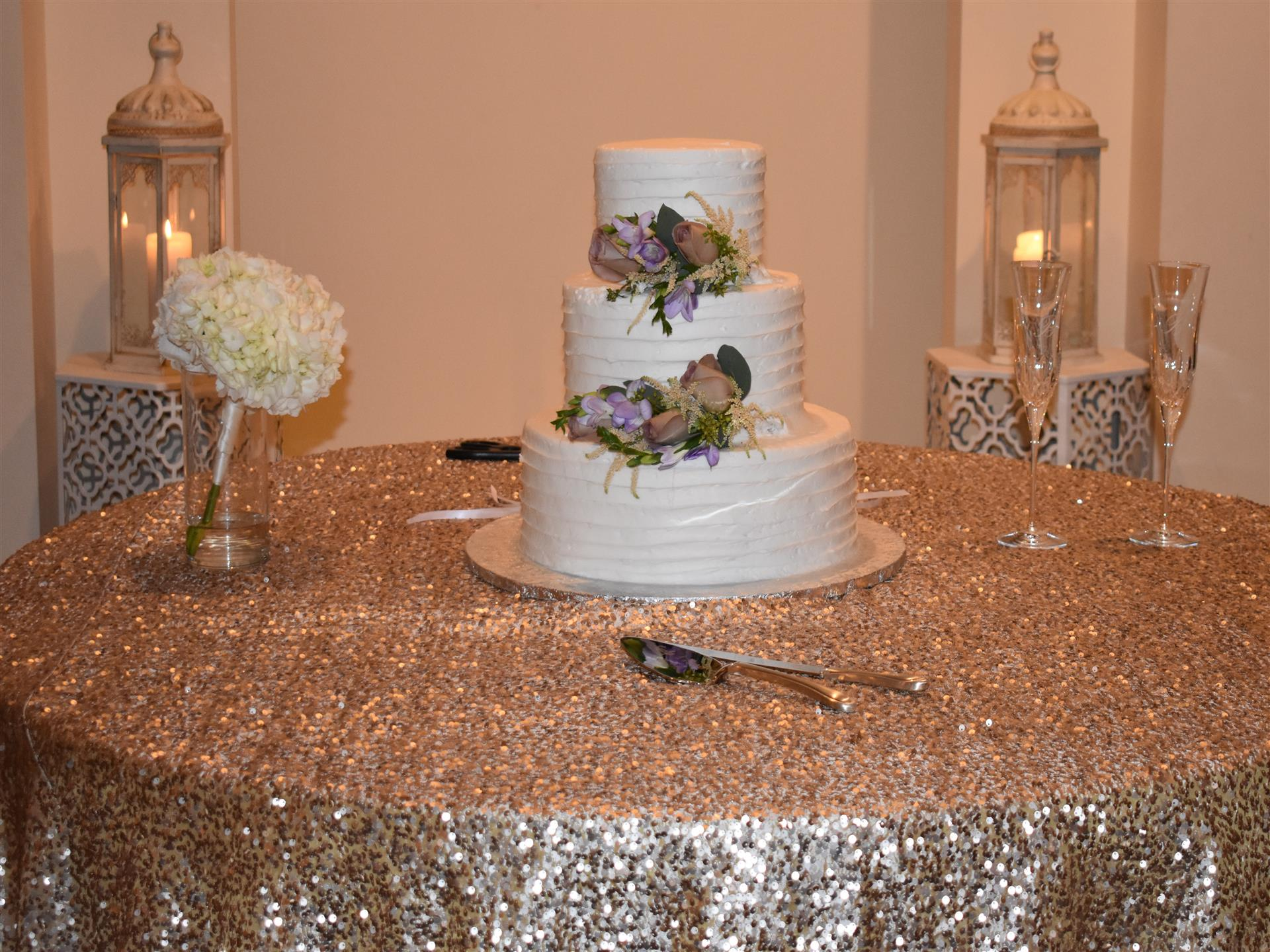 Wedding Cake on Glitter Linen