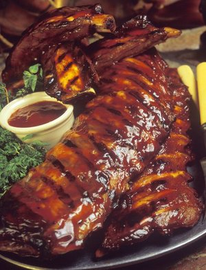 barbecue ribs on a tray