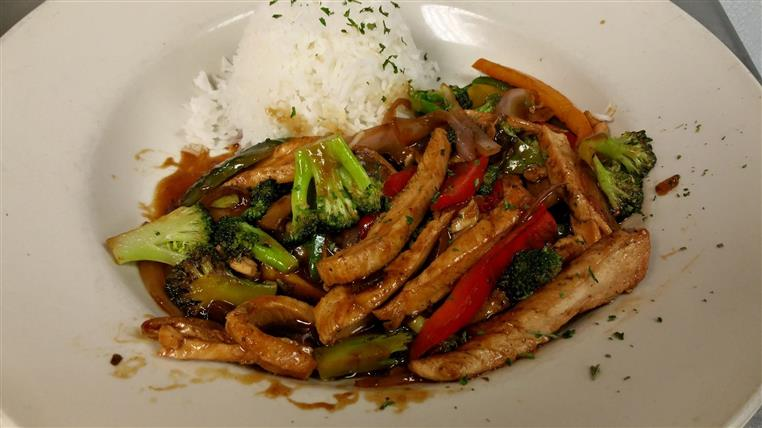 stir fry with chicken and rice