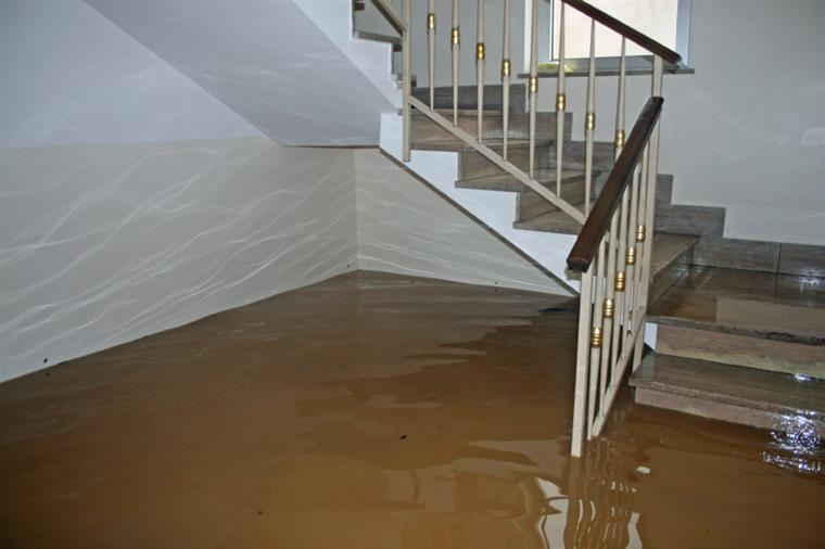 stairs flooding