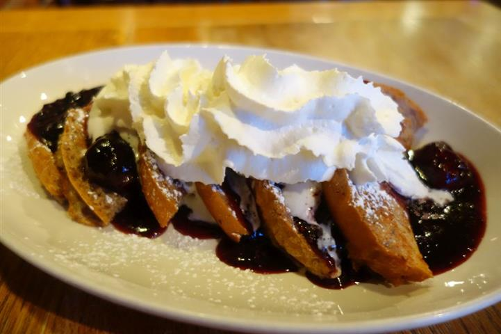 french toast with fruit and whipped cream