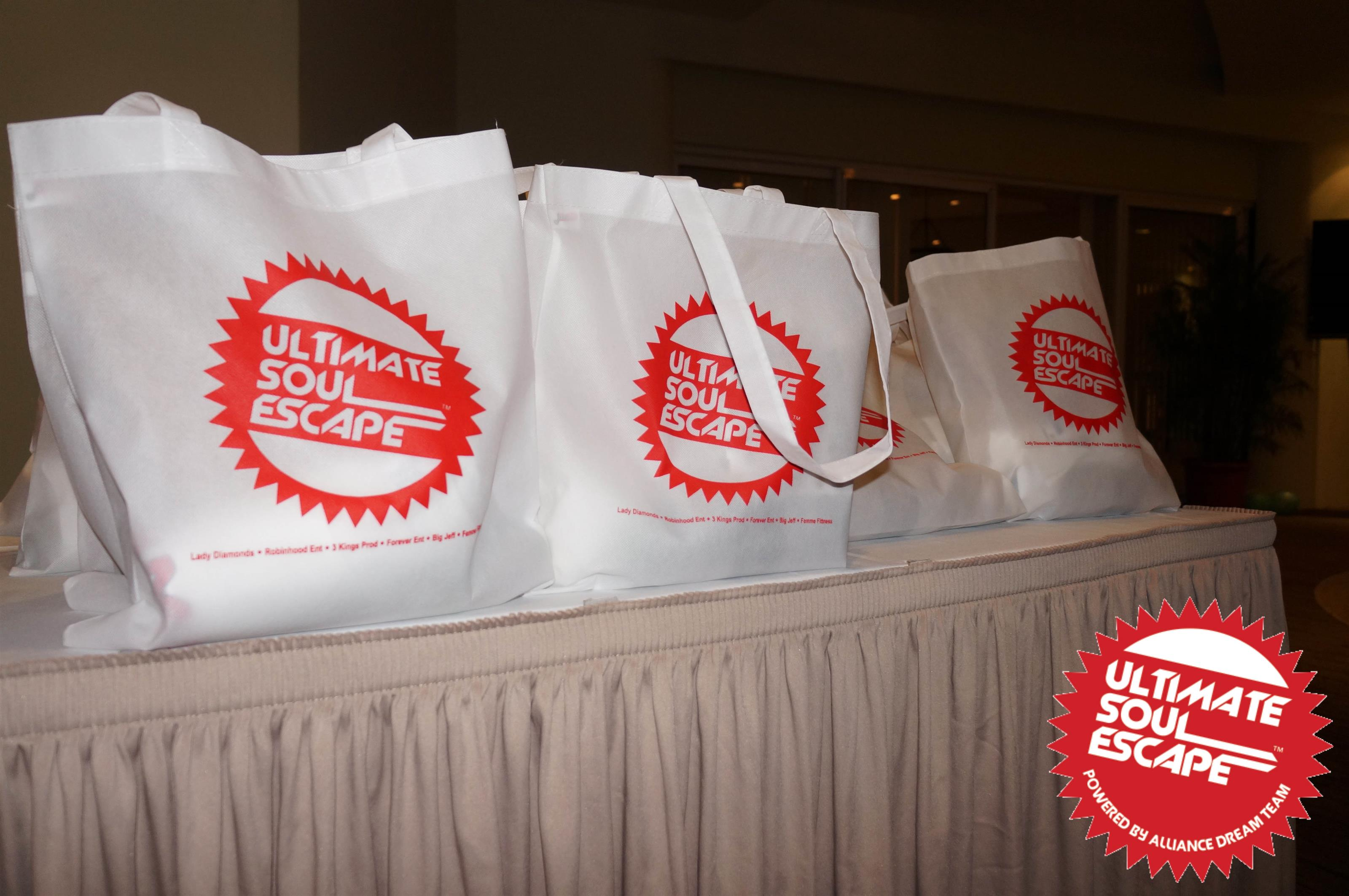 bags that say ultimate soul escape