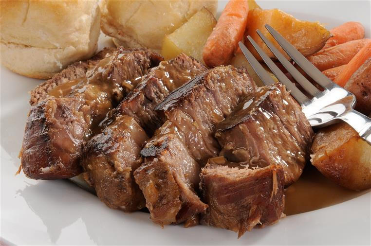 roast beef, carrots, and rolls