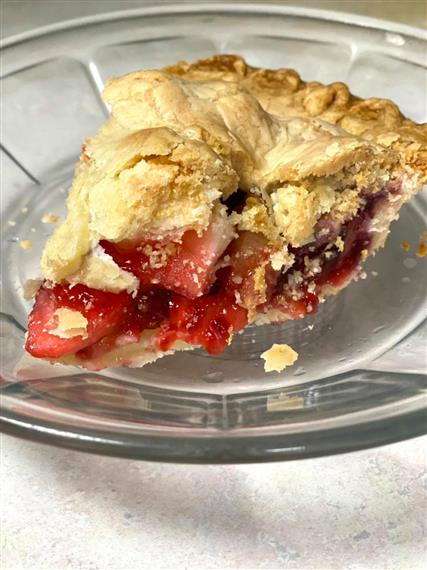 slice of rhubarb pie