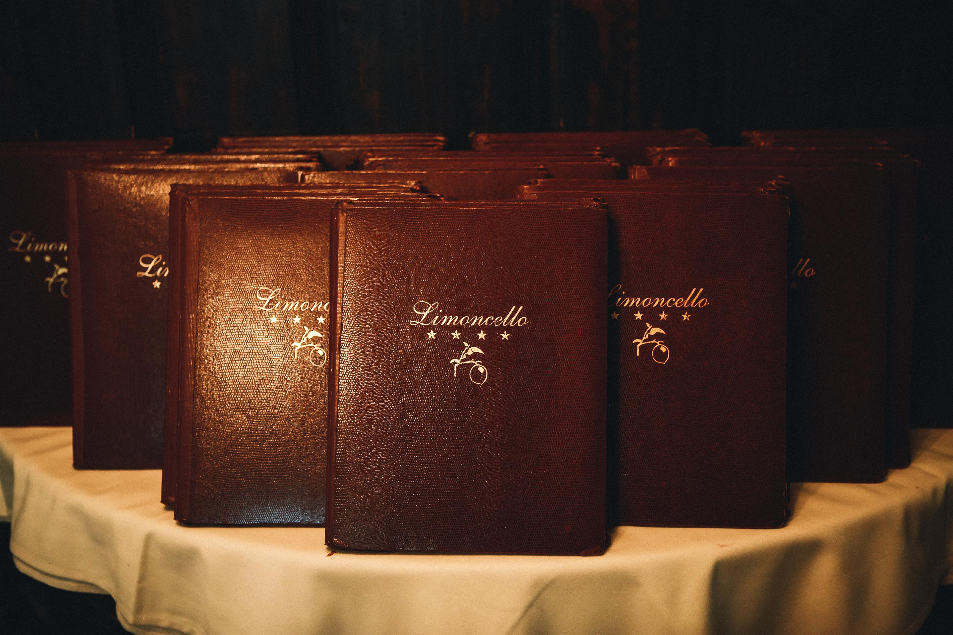 limoncello leather menus