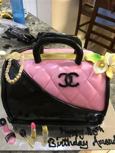 cake shaped like a purse