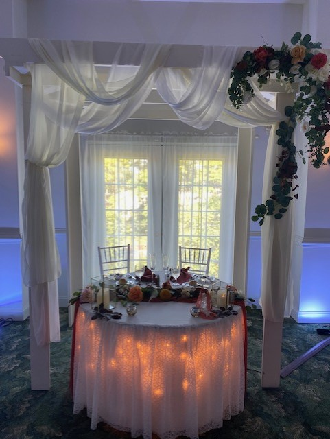 head table with two seats